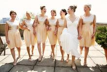 Champagne Sequined Gold Short Bridesmaid Dresses 2016 A-Line Scoop Knee Length Prom Gowns Party Dress Vestido De Festa C36
