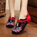 2016 новая весна сексуальный черный плоские туфли дамской одежды цветы вышивка ретро простые дамы квартиры Китайские вышитые туфли