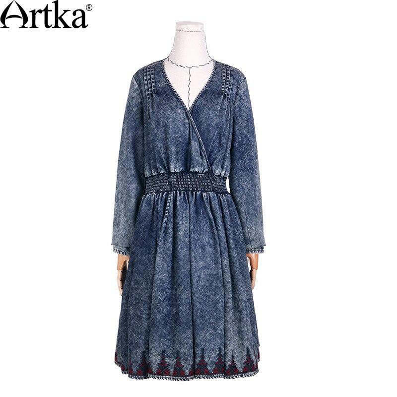 ARTKA frauen 2018 Herbst Neue Boho Stil Stickerei Kleid Vintage V ausschnitt Reich Taille Knie Länge Denim Kleid LN15150Q-in Kleider aus Damenbekleidung bei  Gruppe 3