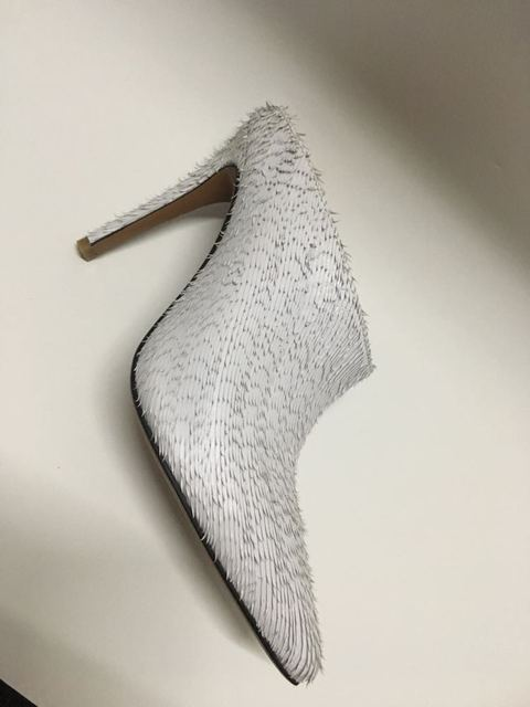 Deification Sexy 10cm talons hauts couteau blanc en cuir de vache dames pompes sans lacet chaussures de créateur femmes de luxe 2018 robe chaussures de fête