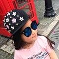 Moda Snapback Hat, Ouriço do punk Rock Hip-Hop boné de Beisebol Cap Chapéu Flor Do Parafuso Prisioneiro Do Rebite de Spike Spiky para 3-8Yrs Crianças