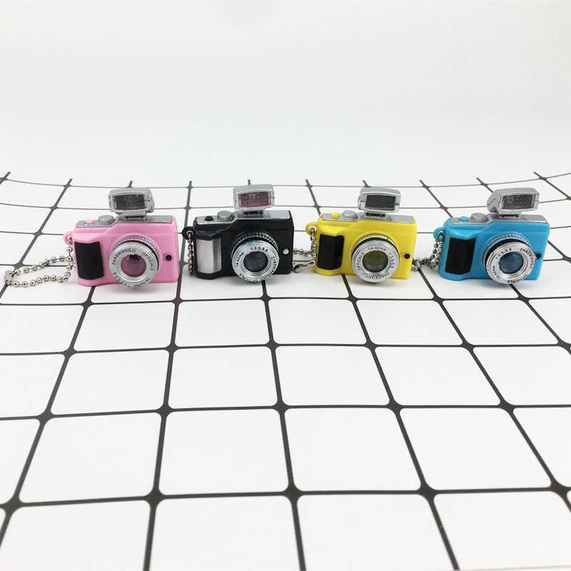 กล้องของเล่นตุ๊กตาอุปกรณ์เสริมของเล่นเด็กโปรเจคเตอร์เด็กกล้อง Luminous Sound เรืองแสงจี้พวงกุญแจกล้อง for1/6 ตุ๊กตา