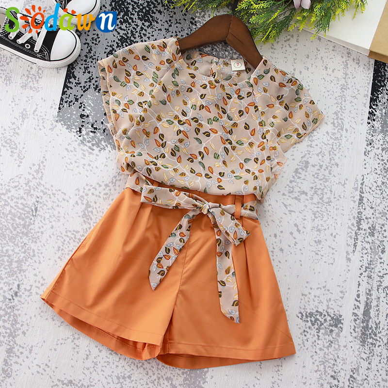 Summer 2018 Girls Clothes Summer New Baby Girls Clothing Set Fashion Children Clothing Leaf Chiffon Short Sleeve + Shorts 2pcs