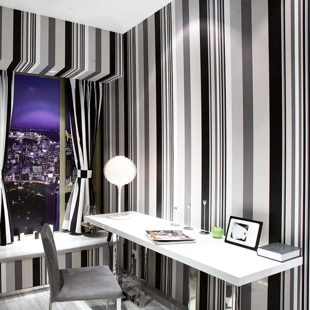 € 24.71 8% de réduction|Nouveau décor mural moderne noir blanc gris rayure  papier peint chambre protection de l\'environnement non tissé tissu TV ...