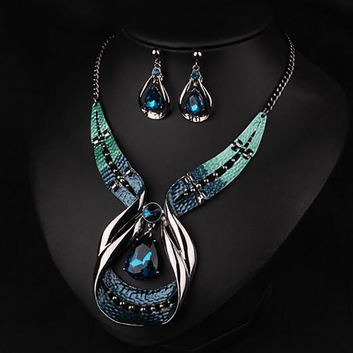 Fashion Women Statement Chain Pendant Choker Bib Necklace Earrings Fashion Jewelry Set for Women Wedding 2020New