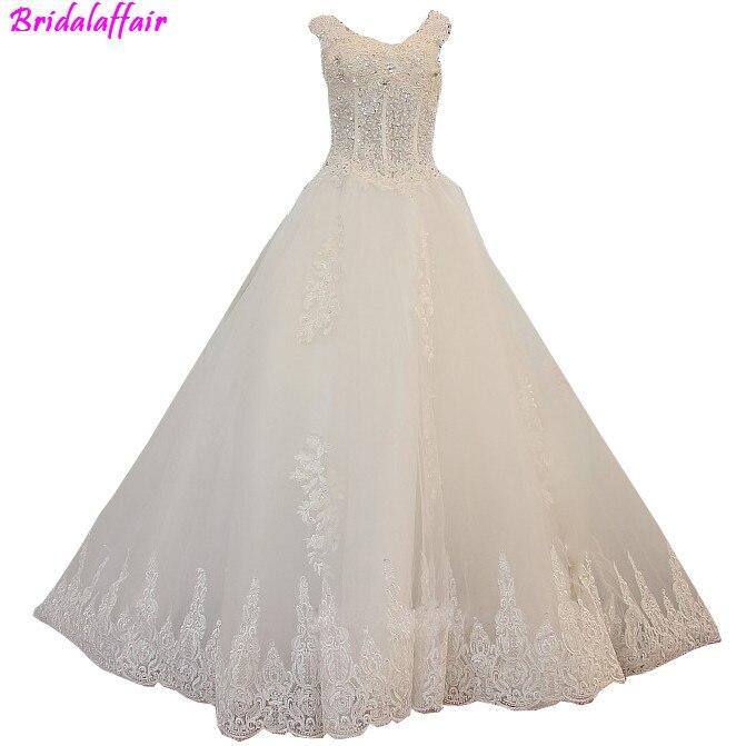 De luxe robes de mariée robe de Bal robes de mariée en dentelle 2018 Princesse Robes De Mariée Long Train robe de mariée grande taille robe de mariée