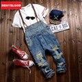 2016 Nueva Llegada Del Verano Estirada Mens Delgados Rectos Overol de Mezclilla Jeans Gastados Ripped Mono Tirantes Masculinos Baberos 280