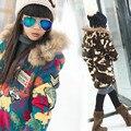 Chica de invierno femeninos de color de piel de mapache con capucha de cachemira abrigo de cachemir cordero chaqueta de los niños ropa de color rojo brillante de café