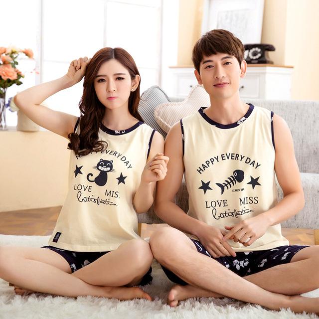 Moda del envío del verano pijamas set noche del gato come pescado amantes de la historieta homewear parejas 100% algodón conjuntos de pijamas
