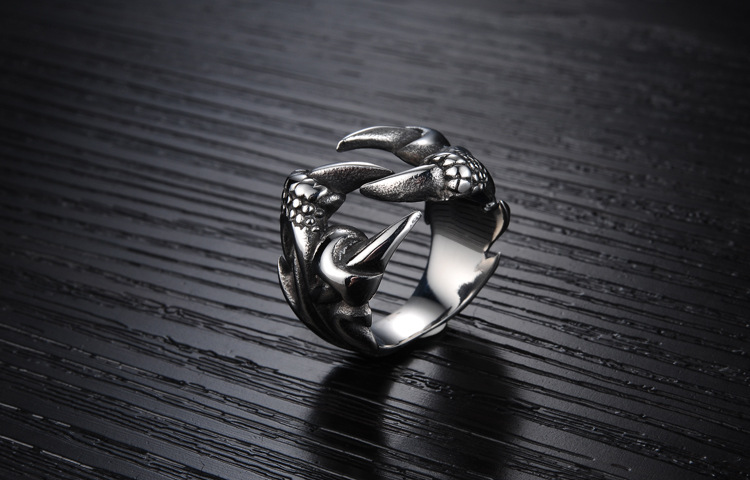 Stainless Steel Dragon Claw Rings
