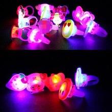 12 шт. милый мультфильм мигающий перстень светодиодный светильник Светящиеся ювелирные изделия вечерние в черную ночь мигающие детские игрушки