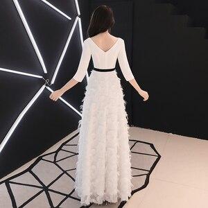Image 4 - Weiyin לבן ארוך שרוולים ללא משענת אונליין V צוואר רוכסן תחרה שמלות מפלגה אורך רצפת שמלות ערב שמלות WY1337