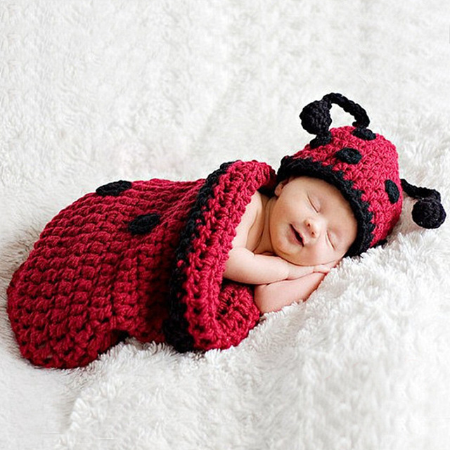 Handmade Knitting Baby Ladybug Photography Props Sleeping Bag Cute Beanies Hats Clothing Set Baby Bunting Bag + Hat 2pcs