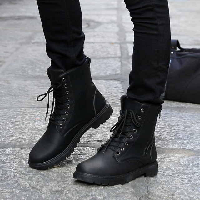 Free Shipping Retro Combat Boots Men Fashion Boots Winter England Style Fashionable Riding Boot Mens