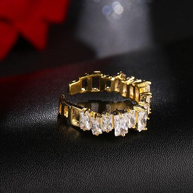 Купить роскошные дизайнерские медные кольца золотого цвета с цирконом