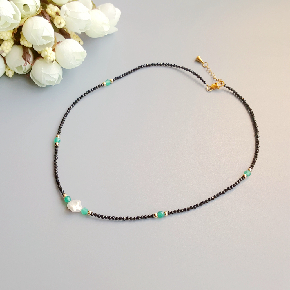 Image 2 - Black Spinels Baroque Pearl Onyx Beads Gold Filled Necklace Popular Bohemian Hawaii Clavicle Jewelry for Women Nice Gift 39 44cmChoker Necklaces   -