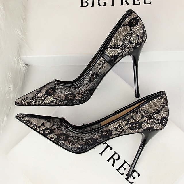 Lace Hollow Embroidery Flower Sexy High Heels Pumps Shoes Women Lady Summer Net Yarn Party Wedding Dress Stilettos Shoes