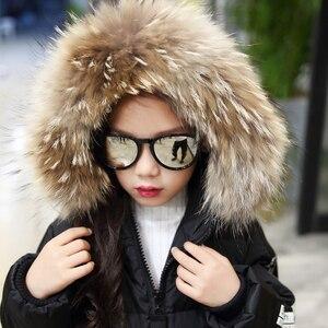 Image 5 - Sıcak 2019 kızlar kış yeni pamuk ceketler kızlar moda kürk yaka harfler mont kız kalınlaşma kapşonlu sıcak ceket çocuk giysileri