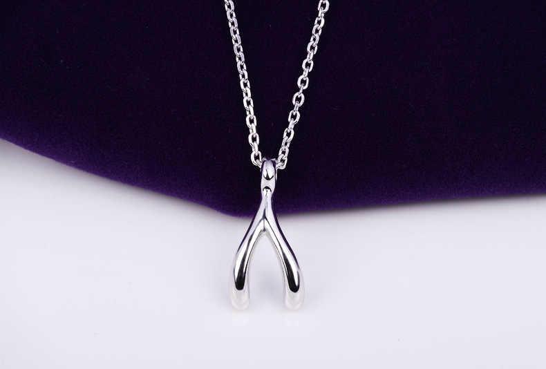 Female Choker Sleek Metallic Silver Necklace Fashion Beautiful Choker for Women 50 cm
