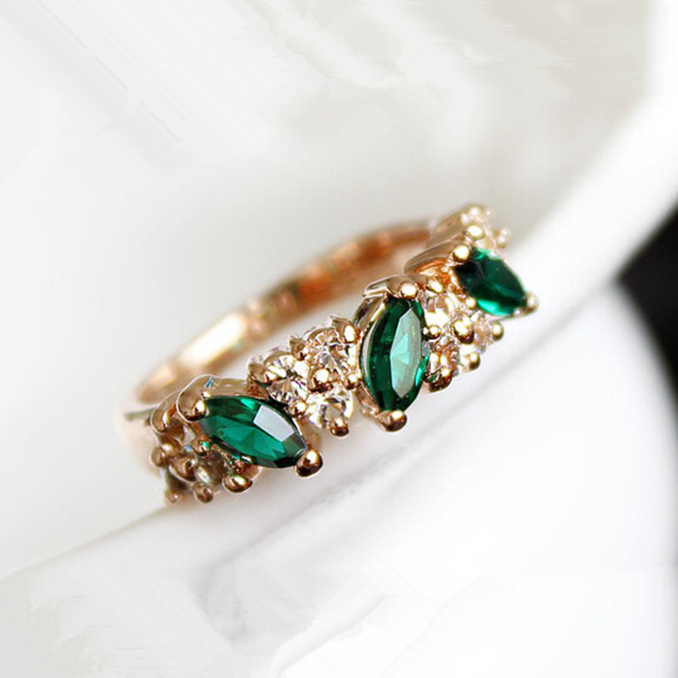 Fashion rings wholesale cute vintage crystal ring for Vintage style fashion rings