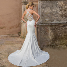 Eightree Elegant Halter Neck Mermaid Wedding Dress Embellished Bodice Sheath Bridal Trumpet Dress Sexy Design Cut-Out Back Dress