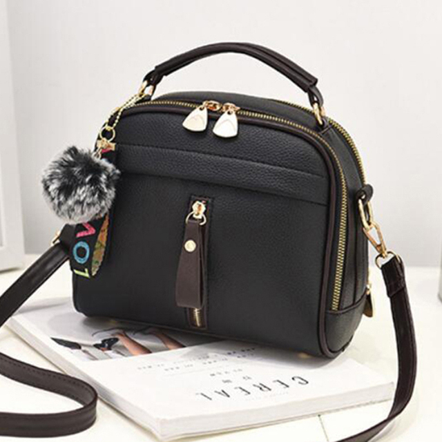 2019 Women Shoulder Bags Crossbody Bag For Women Handbag PU Leather Full Moon Candy Color Cute With Fur Ball shell shape bag 1