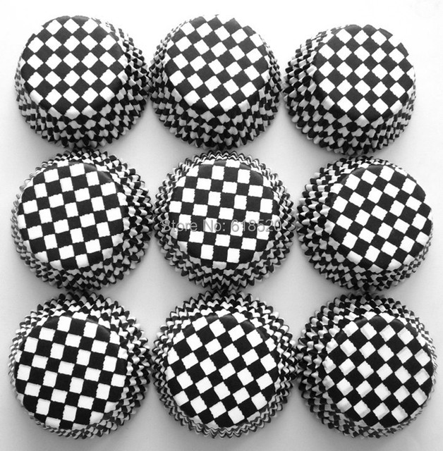Free Shipping 500pcs Black And White Plaid Baking Cups In Cake Cases Bakery Decorations Party Supplies