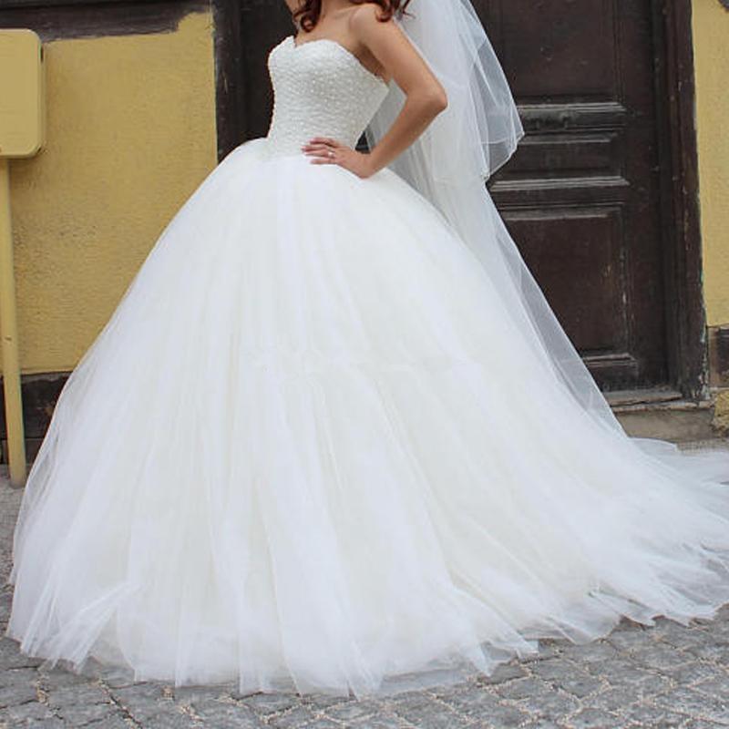 sleeveless Tulle Fluffy Lace Up Bride Wedding Dresses White ivory Luxurious beads Princess Wedding Dresses