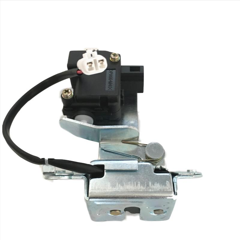 6305110AK80XA The rear door lock fits the Great Wall hover H5 X200 rear box lock assembly with a latch