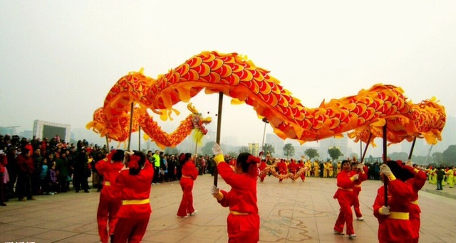 china dragon dance 10m 5joint 6 player brand new dragon dance party celebration christmas festival china - Do They Celebrate Christmas In China