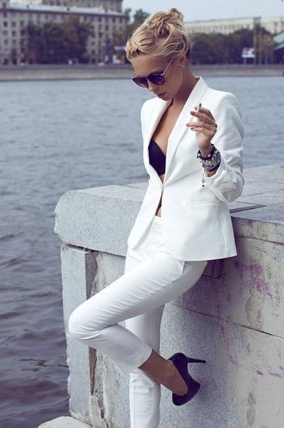 9-1  Custom Made Ivory Women\'s Tuxedos Shawl Lapel Suits For Women One Button Business Party Suits