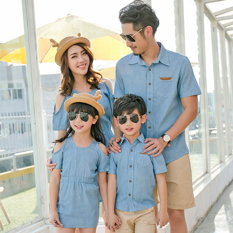 Summer Family Clothing Set Mom And Daughter Strapless Shoulder Dress Dad Son Short T-shirt Fashion Family Clothing Korean Style