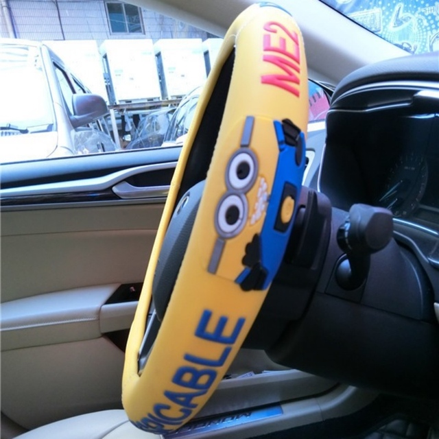 Cute Minions Steering Wheel Cover Four Seasons Universal 38cm Car Covers Cartoon Latex
