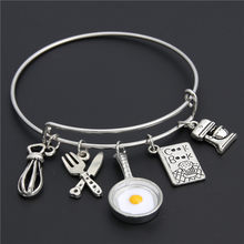 1pc Egg Pan Food Series Cookies Fork Charm Bracelets Love To Cook Pendant Expand Bangle For Men/Women As Gift E2127(China)