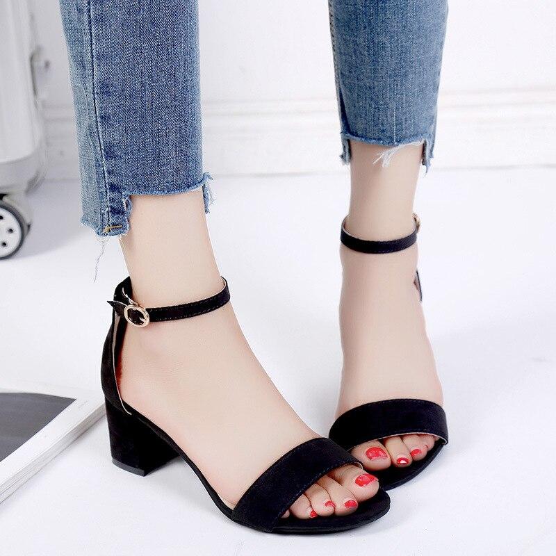 Romaines D'été Coréenne Hauts Chaussures Ouvert Mode gris 2019 Rugueux Avec De Sandales Femme Bout Sauvage Dames Noir Boucle Talons XZiTOPku