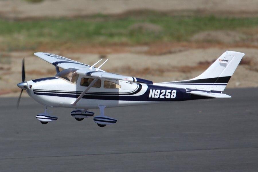 FMS Aereo RC 1400mm 1.4 m Sky Trainer Cessna 182 A Blu 5CH con Alette LED PNP EPO Bilancia modello di Aereo Aereo Aereo Principianti
