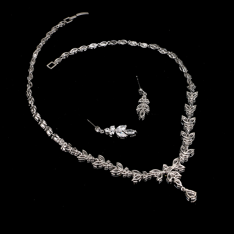 Emmaya Exquisite Jewelry Sets For Women Wedding Party Jewelry Accessories Cubic Zircon Stud Earrings & Necklace Gift 4