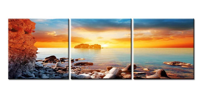 Canvas Print Wall Art Painting Surise On Rock Beach With First Rays ...