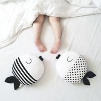 Pesce cuscino piranha punto dell'onda pesce cuscino a pelo peluche bambola decorazione della stanza dei bambini