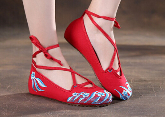 Women Fashion black+red Chinese style Clouds breathable comfortable lace-up women embroidery cloth Flats shoes Ladies