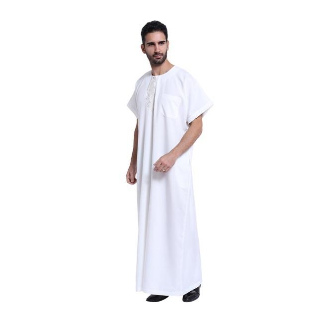 Homens Muçulmanos Vestuário Islâmico Saudita abaya Bordado plus size masculina dubai Kaftan mangas curtas roupas Jubba HT