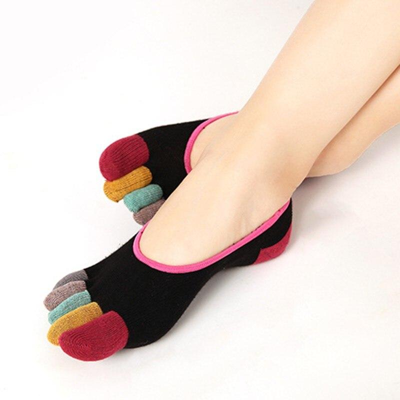 Для женщин недавно Дизайн разделенными пальцами Йога носки тренажерный зал Танцы спортивные упражнения пять пальцев носки нескользящие де...
