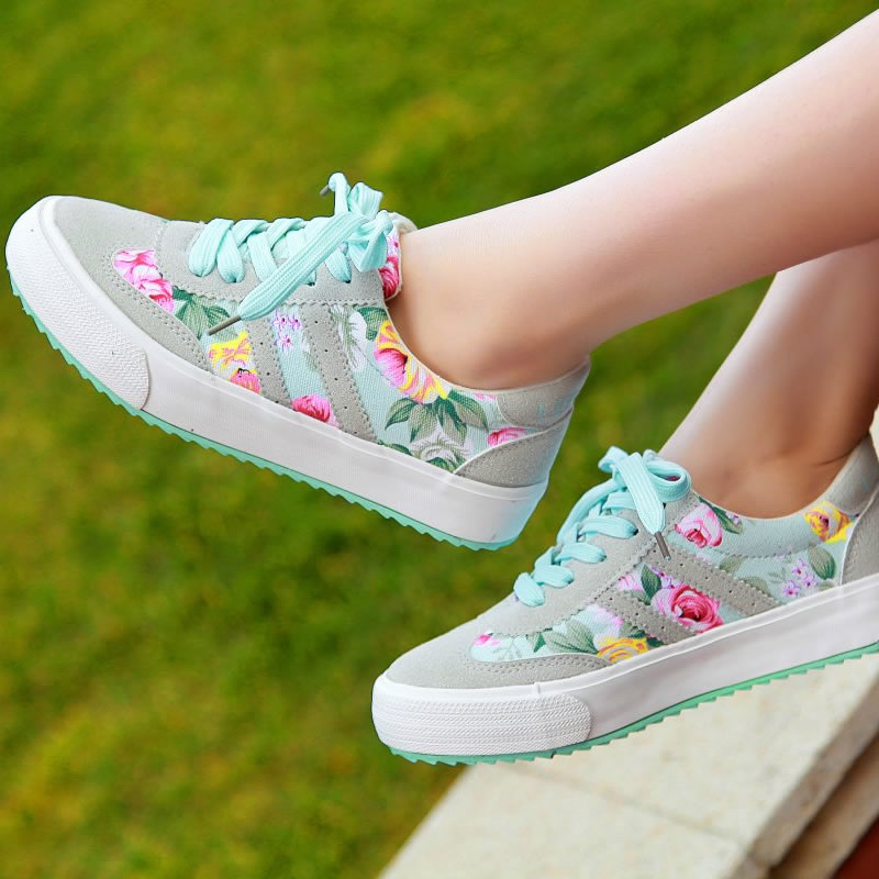 Sneakers Printed  Colorful 2019 New Arrival Fashion Lace-up Women Sneakers(China)