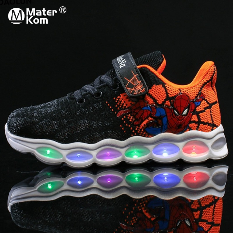 Size 25-33 LED Kids Shoes Spiderman Glowing Sneakers Boys Shoes Fiber Optic Shoes Chaussure Enfant Spor Ayakkabi Buty LED Kinder
