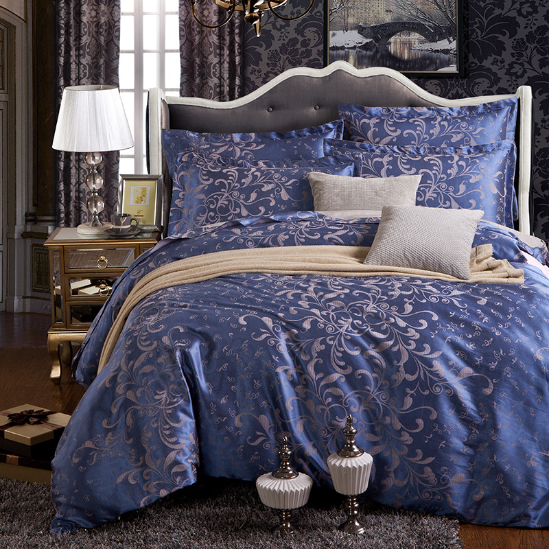 Comfortable And Breathable Jacquard Bedding 4 Pcs Quilt + Bedsheet + Pillowcases Home Textiles