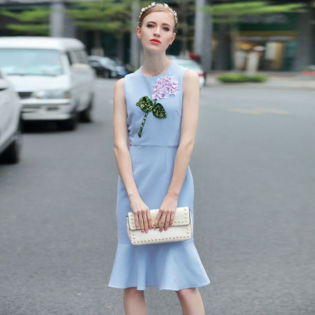 Hip fish tail sequined three-dimensional flower dress