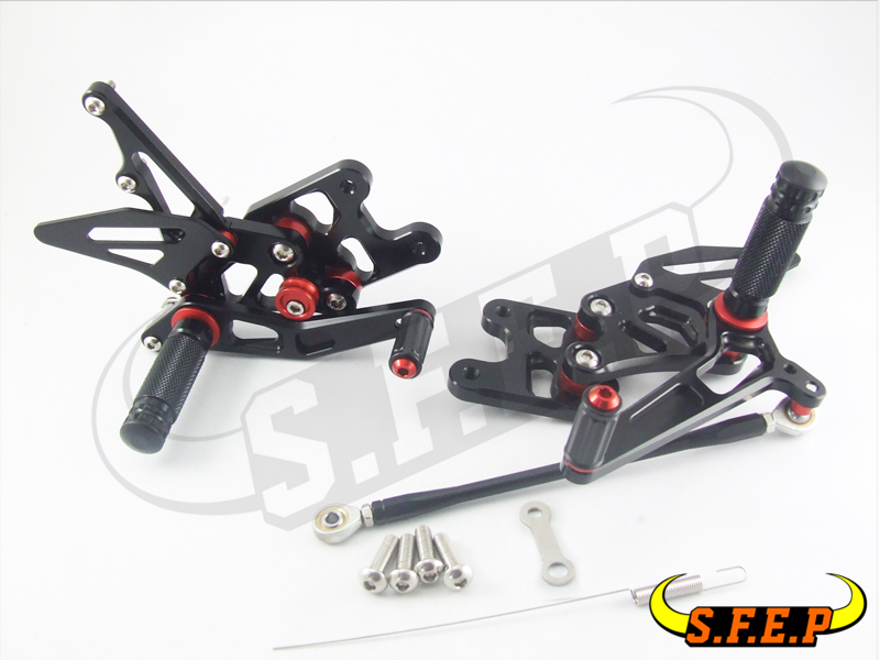CNC Adjustable Rearsets Rear Sets foot pegs For Triumph SPEED TRIPLE 1050 2011-2012-2013-2014-2015
