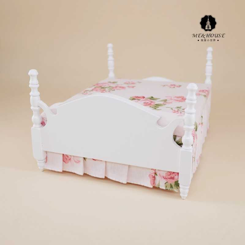 Dolls Bed 1/12 Scale Dollhouse Miniature Princess White Wooden Furniture Double-bed