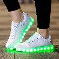 2017 Hombres amantes de los zapatos ocasionales Zapatos Luminosos Led Luces Brillantes Zapatos adultos de Carga USB chaussure lumineuse blanco negro