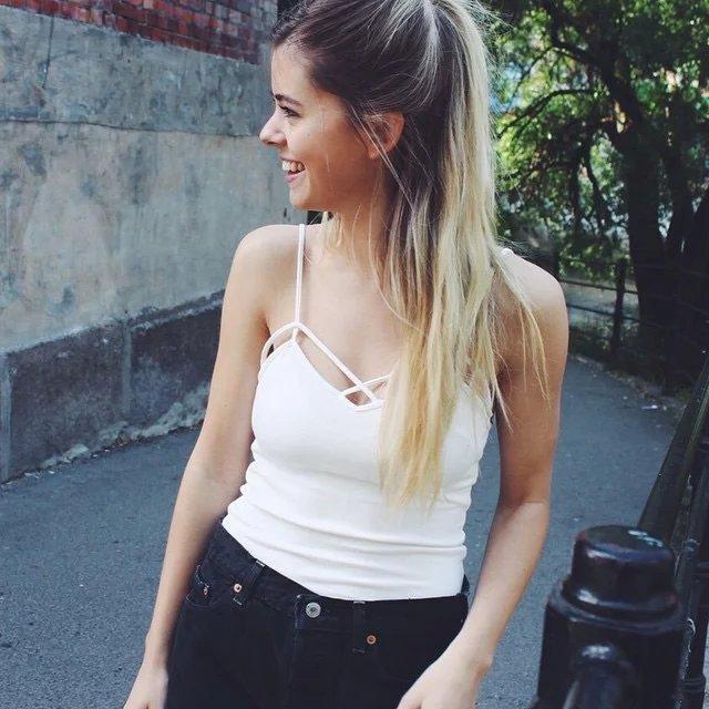 Image 4 - Black white Spring New Tank Tops Women Sleeveless fitting T Shirt Ladies Vest Singlets Feminino Tops Women's 2019 Summer-in Tank Tops from Women's Clothing